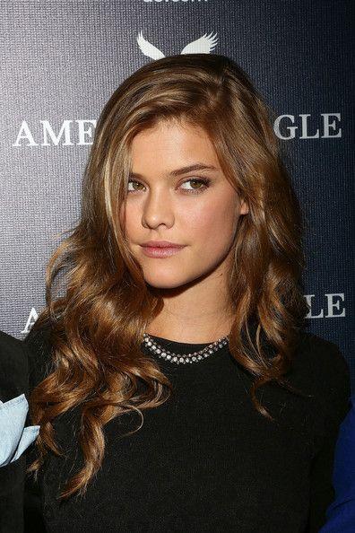 Nina Agdal Beauty