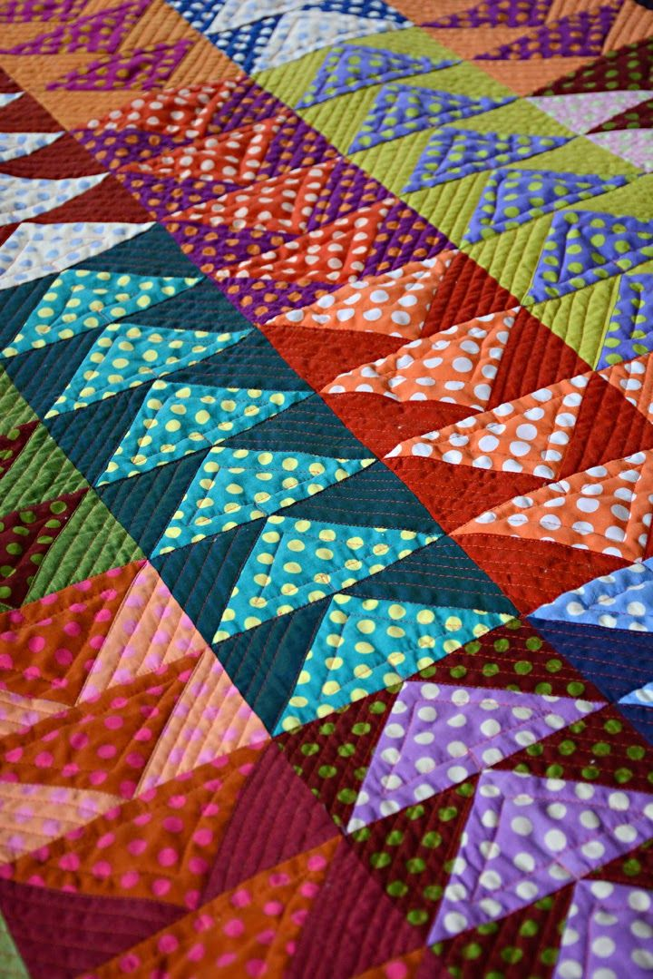 Flying Geese Quilt, made with polka dots and shot cottons by Diane Perin Hock | Going to Pieces