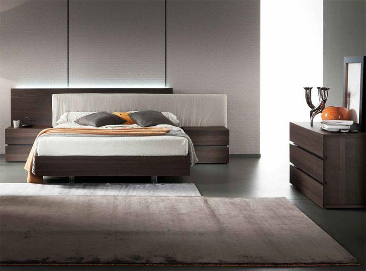Rossetto Edge Platform Bed - $1,799.00