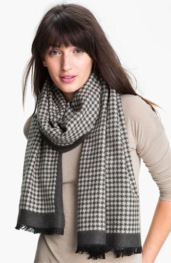Chelsey Imports Houndstooth Woven Silk Wrap