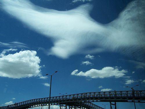 Bogota Av Americas nubes