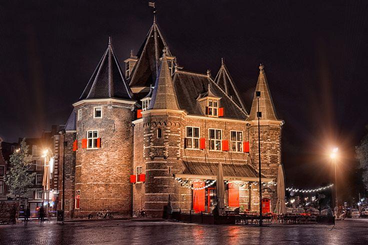 Amsterdam castle, De Waag, Nieuwmarkt