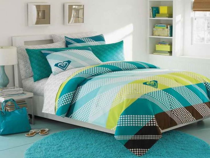 35 best images about plain comforters for teenage girls on pinterest bed in a bag teen girl for Teenage girl bedroom comforter sets