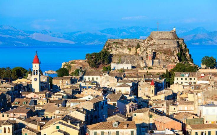 Τα 10 πιο εντυπωσιακά κάστρα της Ελλάδας: Επιβλητικά και πανέμορφα, αποτελούν πραγματικά «στολίδια» (Photos)