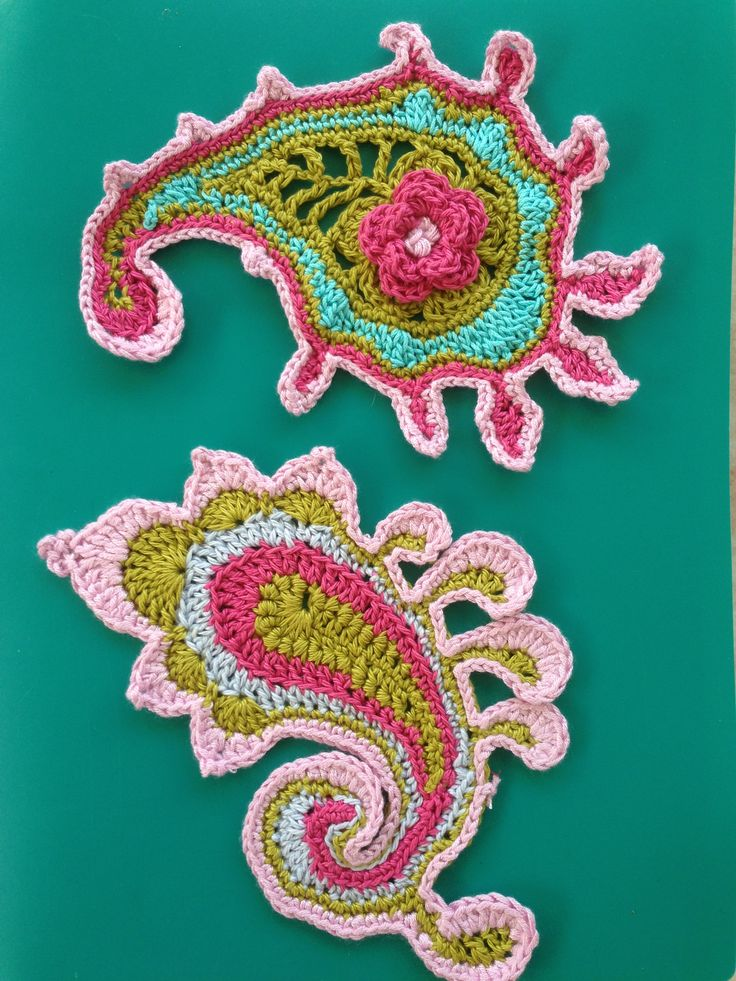 Paisley crochet fun