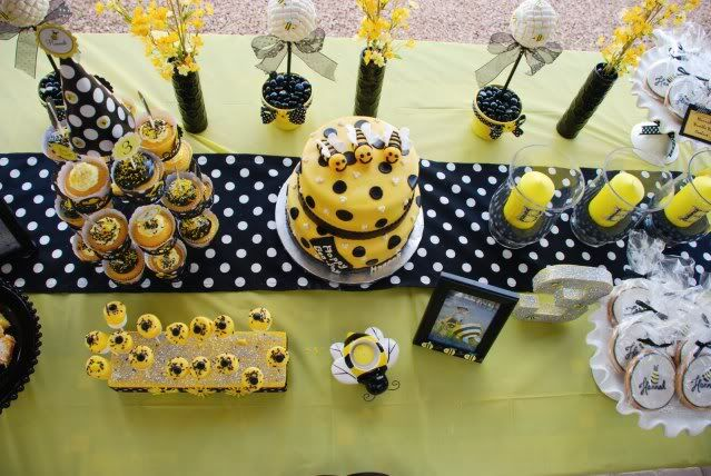More Bumble Bee party ideas....