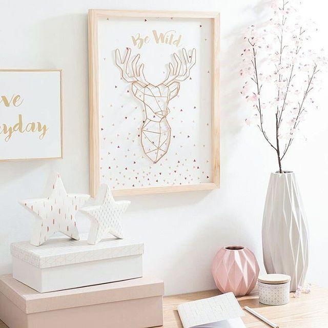 """295 Likes, 1 Comments - Kawaii Pen Shop (@kawaiipenshop) on Instagram: """"Inspiring desk 🌼 #kawaii #cute #stationery #pretty #desk #deskspace #deskdecor #interiordesign…"""""""