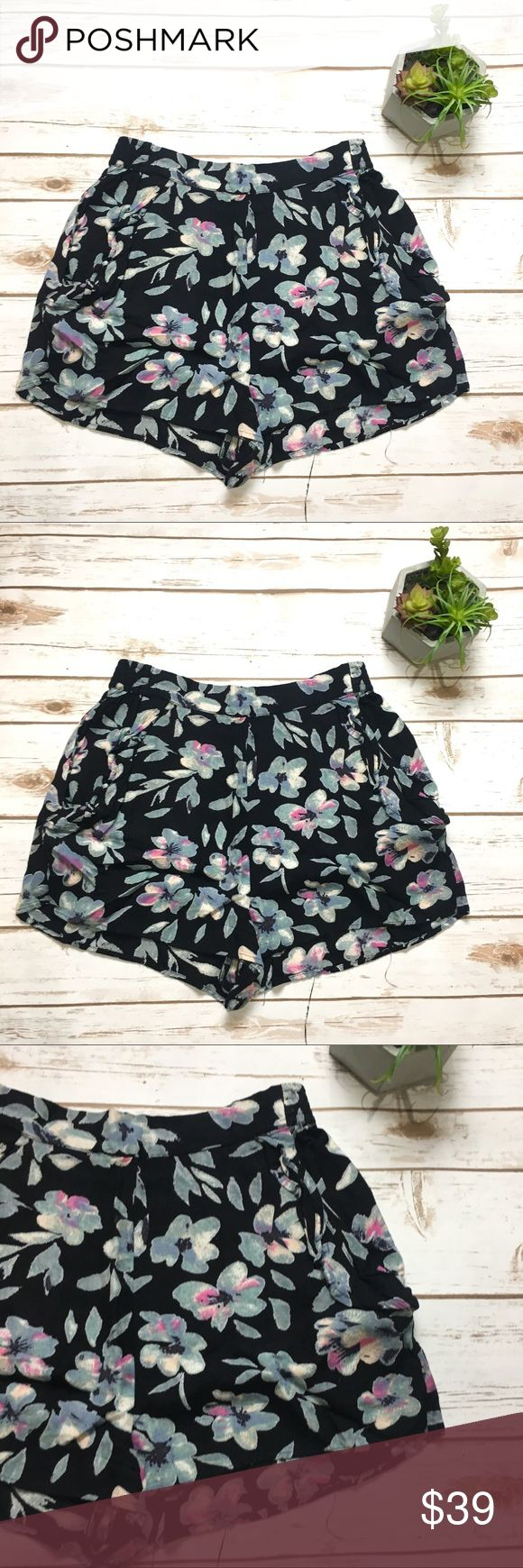 Urban Outfitters   flowy shorts Black and blue floral printed floral shorts. Kimchi Blue brand. Size small. Pockets on both sides! In excellent almost brand new condition! Feel free to ask questions or make an offer! Bundle for a discount! 0301:: Urban Outfitters Shorts