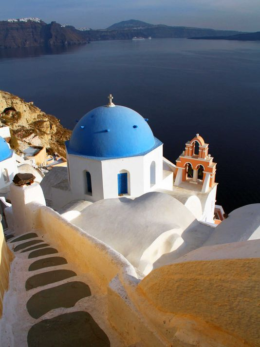 Rick Steves: Is a great time to visit Greece