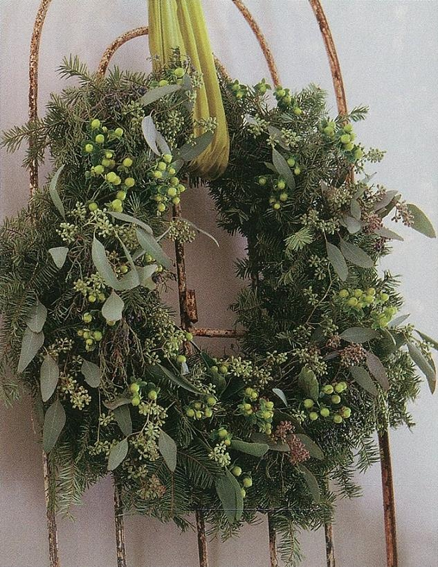Love wreaths during the holiday season!