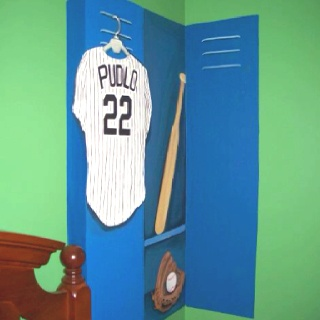 Cute Painting Idea For Sport Themed Bedroom.