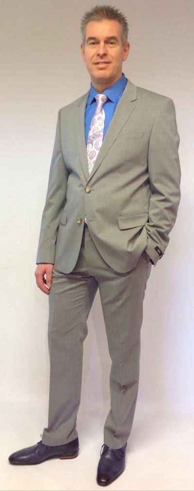 Anzug hemd krawatte trend