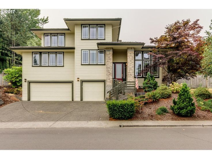 Residential property for sale in Beaverton,OR (MLS #17264526). Learn more from Five Doors Network. Beautiful Architect-built tri level home with sweeping views! This bright home features large windows, recessed lighting, high ceilings, multiple gas fireplaces, and was recently painted inside and out.