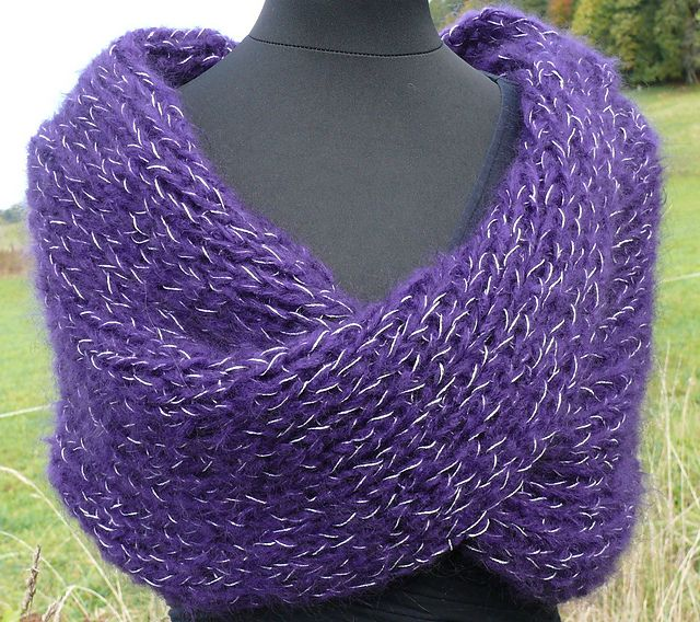 Ravelry: The Glam' collar pattern by Camille Coizy