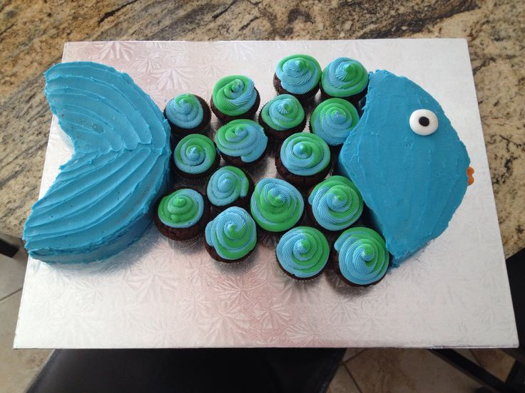 Fish cupcake cake blue & green