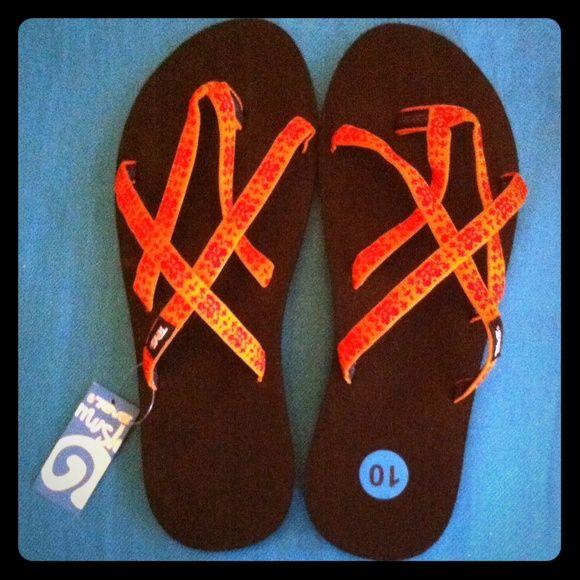 Teva Flip Flops Authentic Teva Olowahu Webbing Flip Flops. Orange Print Webbing. Black Platform Soles. Made in El Salvador. Brand New. Excellent Condition. No Trades. Teva Shoes