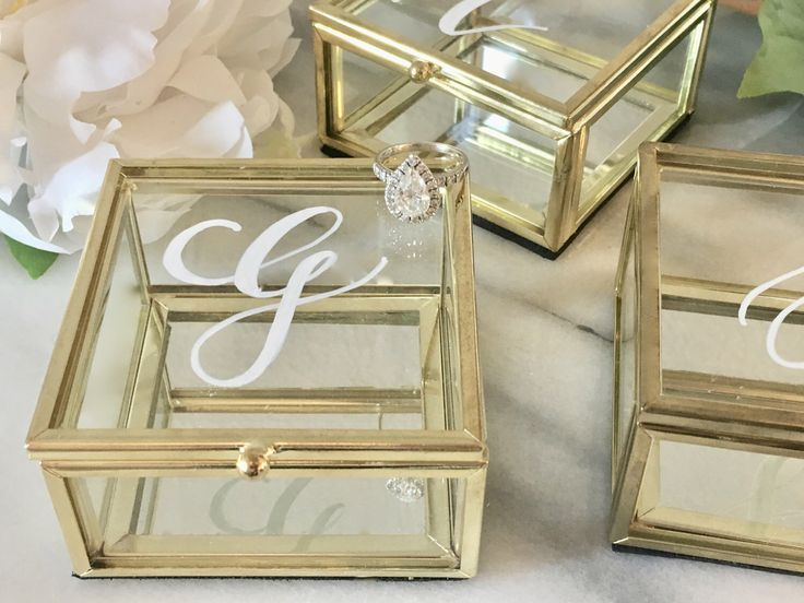 Customized Jewelry Box by SouthernScripDesigns on Etsy https://www.etsy.com/listing/495160214/customized-jewelry-box