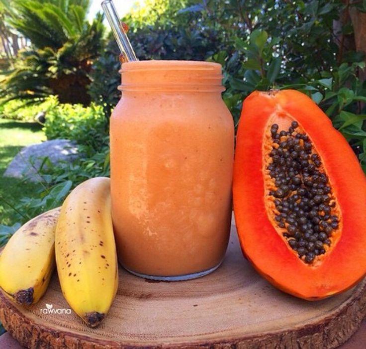 Papaya and banana smoothie xxx