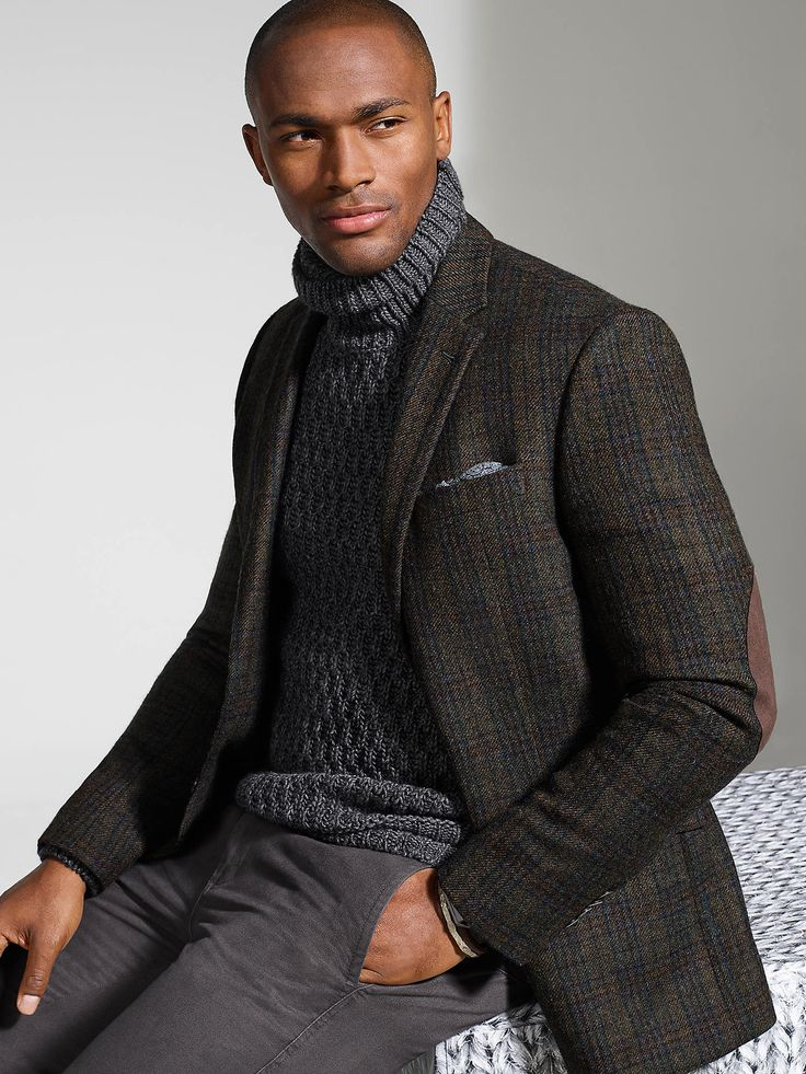 Start conversations with a professorial take on the classic sport coat, like this one from JOE by Joseph Abboud. Throw it over a slouchy turtleneck for a relaxed, yet refined look.