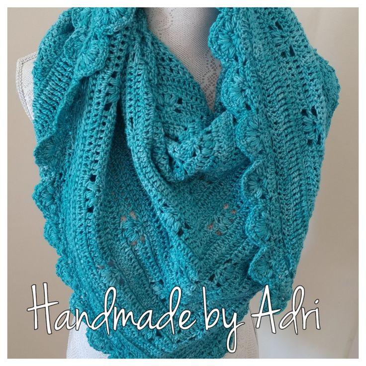 Turquoise Victoria Shawl | Crochet | Vinnis Serina