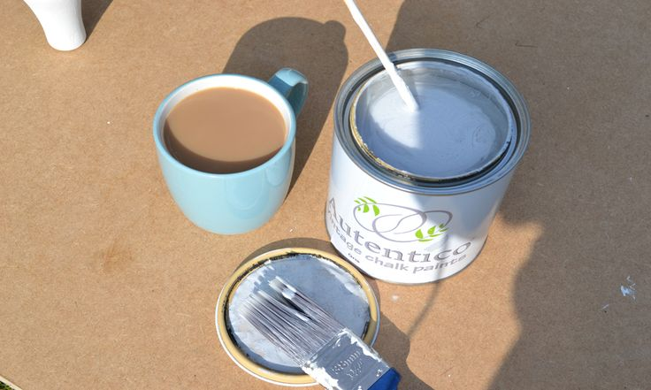 Sunday favourites... coffee and chalk paint!