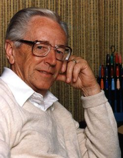 Charles M. Schulz -What an imagination and intelligence this man had. Another sadly missed icon in this world.