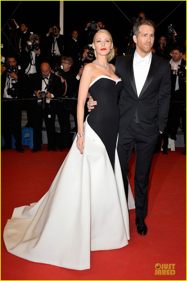 Blake Lively Ryan Reynolds Coordinate Outfits At The Captive Cannes Premiere