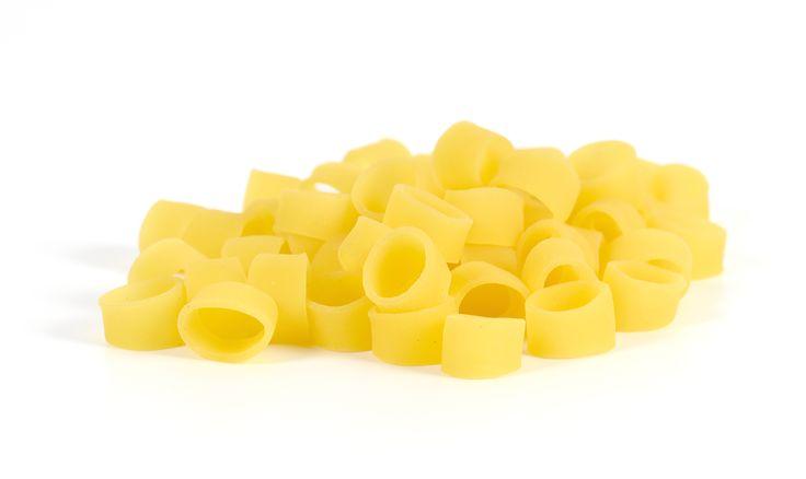 La #pasta GlutiNiente e' un prodotto artigianale senza #glutine e di alta qualita'. La produzione avviene grazie all'esclusiva trafilatura in #oro e attraverso l'uso delle migliori materie prime NON OGM. #cercaimpresa   #madeinitaly   #salerno   #glutenfree