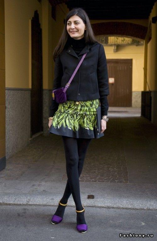 Bright color purple shoes on Giovanna Battaglia