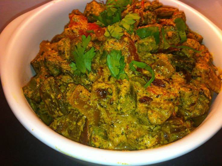 Dhai Bhindhi- a tasty dish of okra tossed in curds, coconuts and spices.. #VeganDishes