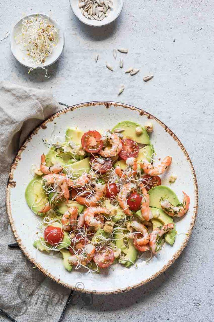 Salade van avocado en garnaal en hoe zit het nu met vet?? http://simoneskitchen.nl/salade-van-avocado-en-garnaal-en-hoe-zit-het-nu-met-vet/