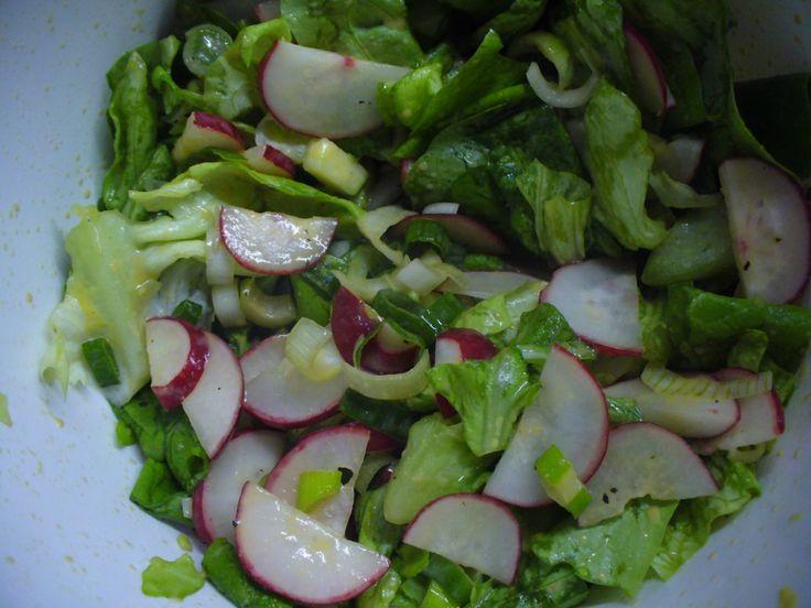 Jak připravit jarní ředkvičkový salát | recept
