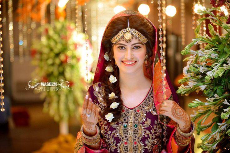 Mehndi bride, waseem photography