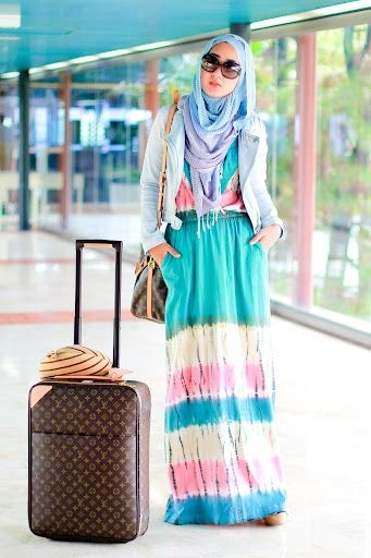 Aquamarine | Dian Pelangi I always love this outfit and like to selfie with her a lot:
