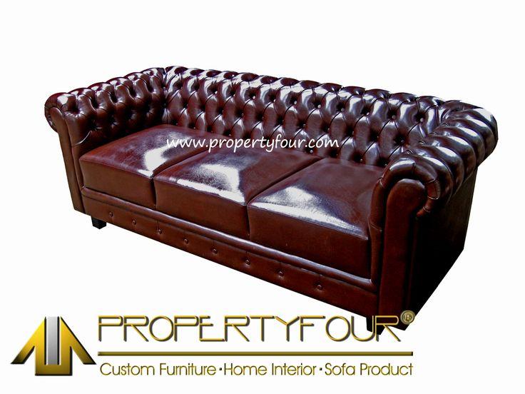 Sofa Chesterfield merupakan sofa legendaris yang mendunia, desain klasik dengan penyematan kancing di hampir seluruh bagian dari sofa chesterfield ini menjadi daya tarik kemewahan tersendiri.dalam proses produksi yang membutuhkan ketelitian dan kesabaran yang tinggi, menjadikan