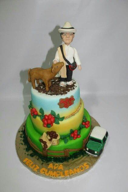 Torta personalizada 82 años 100 % Comestible.