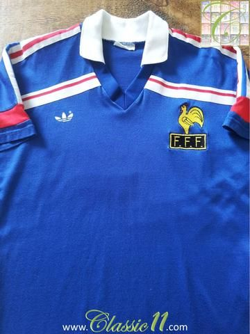 Relive France's 1985/1986 international season with this original Adidas home football shirt.