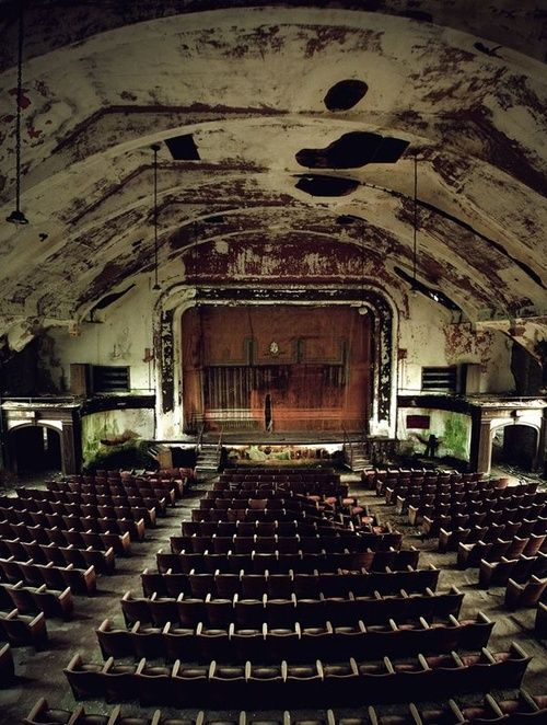 theatricsAbandoned Theater, Modern Ruins, Cinema, Beautiful, Abandoned Theatres, Forgotten, Abandoned Places, Hospitals, Abandoned Church