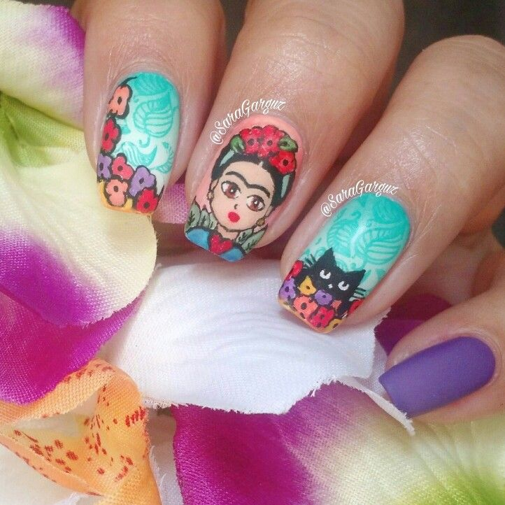 "nail art ""Frida Kahlo"" ig @saragarguznails https://noahxnw.tumblr.com/post/160883177611/stunning-wedding-nail-art-desgins"