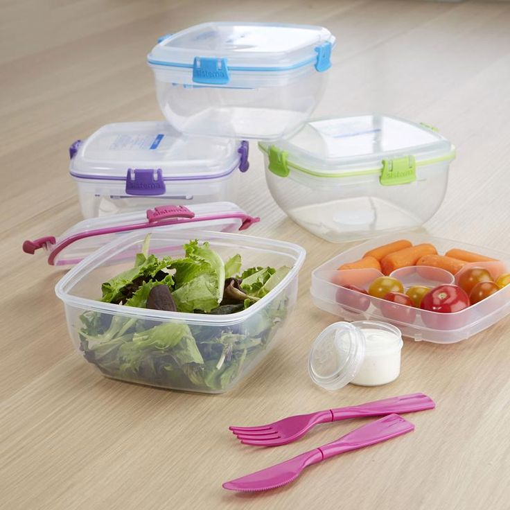 Eat healthy wherever you go with a Klip It To Go Salad Container. This multi-compartment container is perfect for keeping your salad ingredients fresh and crips until you are ready to eat, with a large salad holder and a multi-compartment ingredients tray with dressing reservoir.