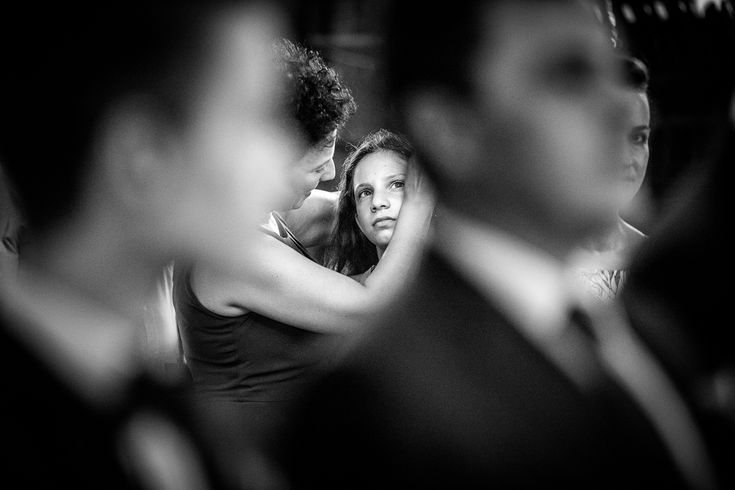 Fotografie de nuntă. Raluca și Nicu, nuntă București - ceremonie religioasă ortodoxă Biserica Sfântul Vasile cel Mare. Fotografii de Mihai Zaharia Photography