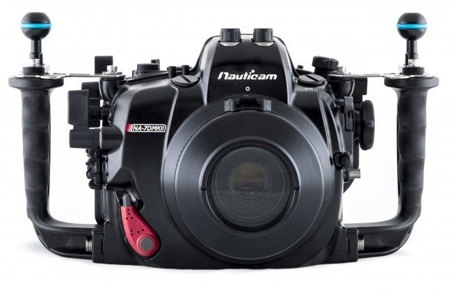 Nauticam Na 7dmkii Underwater Dslr Housing For Canon 7d Mark Ii Underwater Camera Underwater House Camera