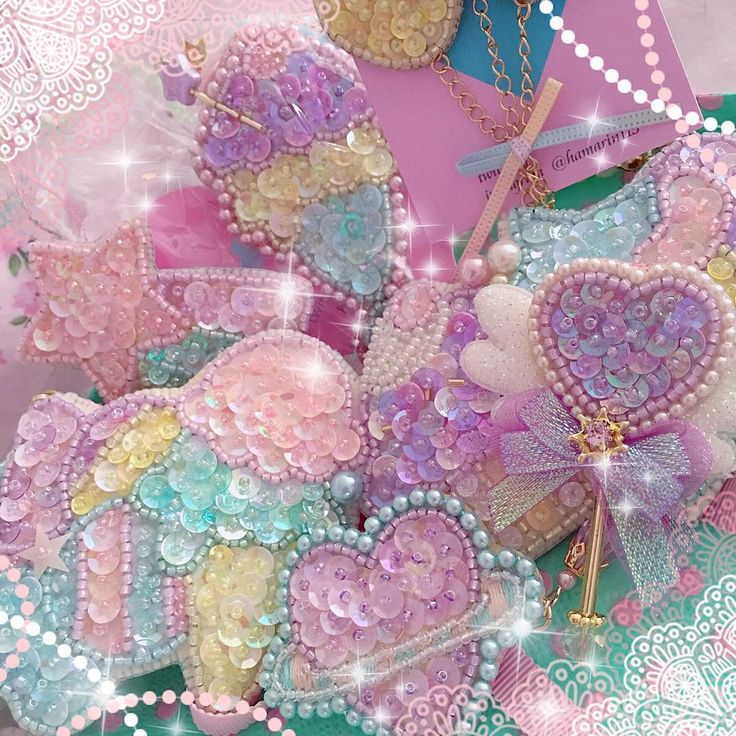 Beautiful beaded candy dreamland pieces by @hamarin115 mon bijou ✨✨✨