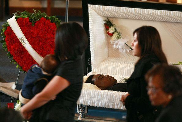 Oscar Grant III - Funeral, Hayward