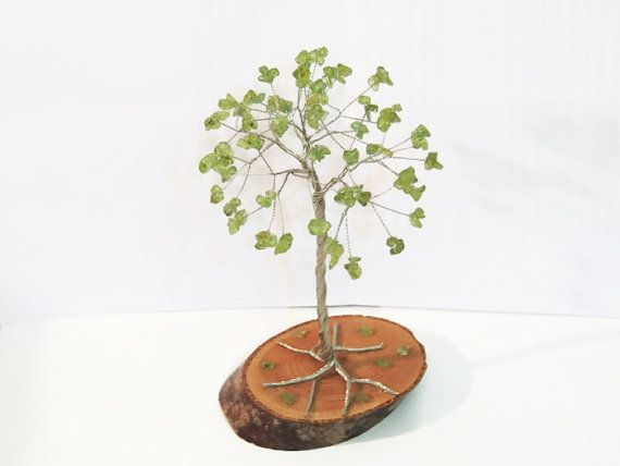 Peridot Wire tree, Beaded tree, Gem tree, Bonsai tree, Wire sculpture, tree of life, Leo gem, cake topper, August birthstone, unique gift