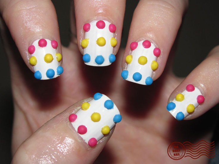 Candy Button NailsDaily Nails, Buttons Nails, Nails Art, Candies Dots, Nails Design, Candies Buttons, Candies Shops, Candies Nails, Dots Nails