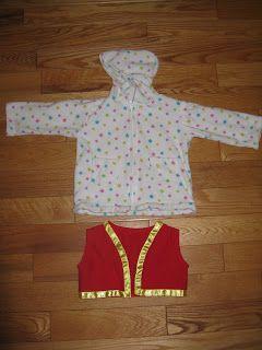 Confessions of a Costumeholic / Confessions d'une Costumeholique: Toadette Costume Detail