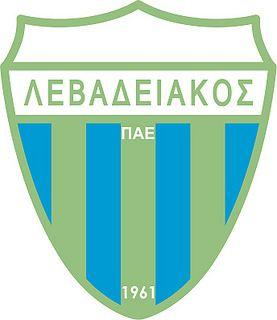Athlitikos Podosferikos Omilos Levadeon (Levadiakos Football Club) / Α.Π.Ο. Λεβαδειακός Π.Α.Ε. | Country: Greece / Ελλάδα. País: Grecia. | Founded/Fundado: 1961 | Badge/Crest/Logo/Escudo.