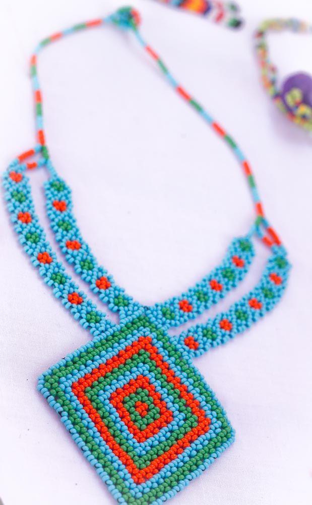 Collar Embera http://www.wooki.co/shop/accesorios/collar-rombo-embera.html?___SID=U