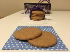 I biscotti alla cannella sono golosi e molto facili da preparare!Il segreto è aggiungere nell'impasto, oltre alla cannella, anche un pochino di cacao